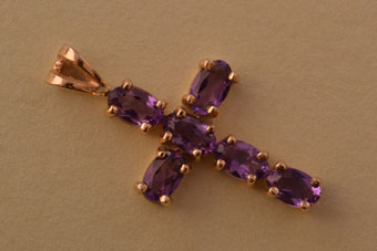 9ct Yellow Gold Modern Cross With Amethysts