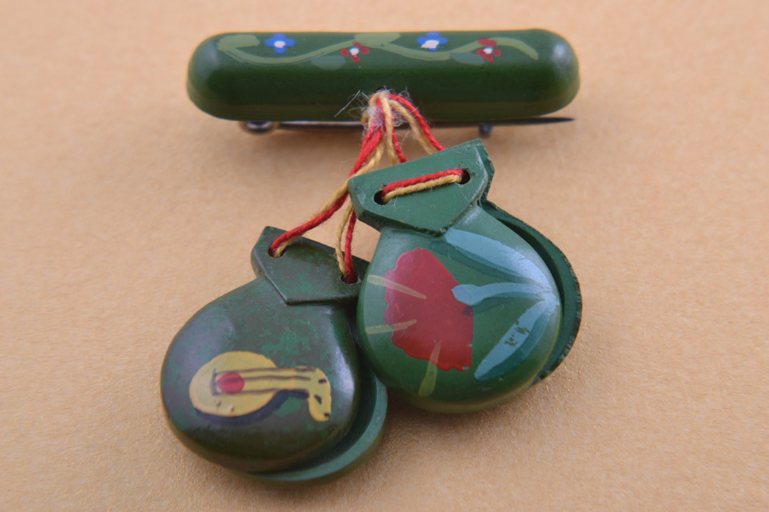Wooden Castanets Brooch With Spanish Dancer And Guitar