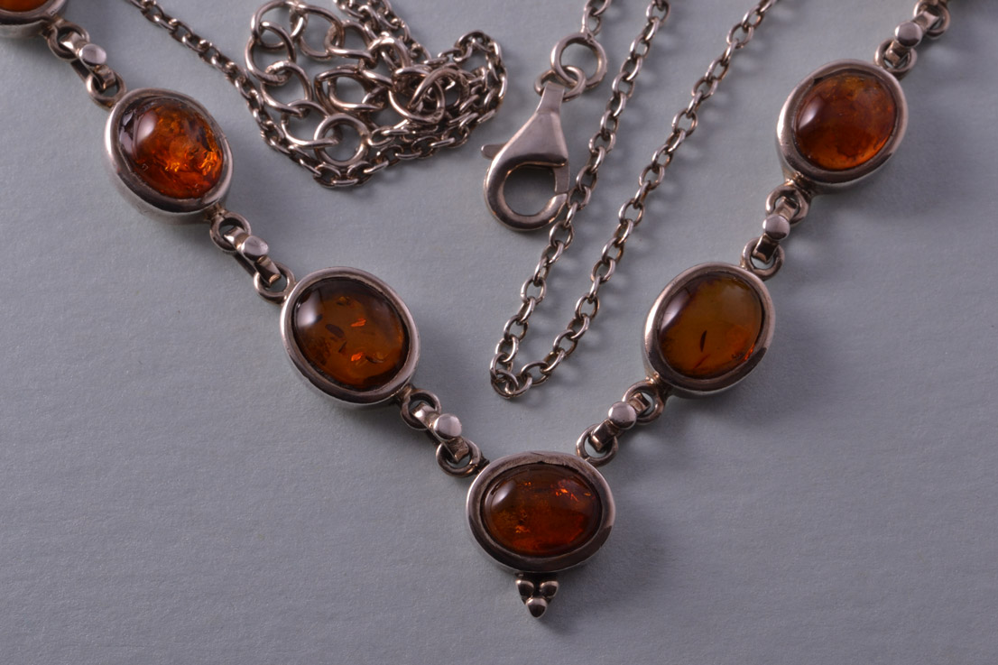 Silver Modern Necklace With Amber