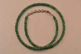 Modern Necklace With Silver And Aventurine