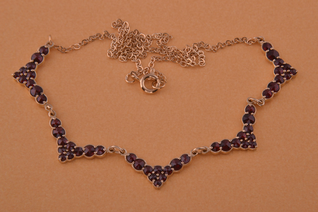 Silver Gilt Modern Classic Necklace With Garnets