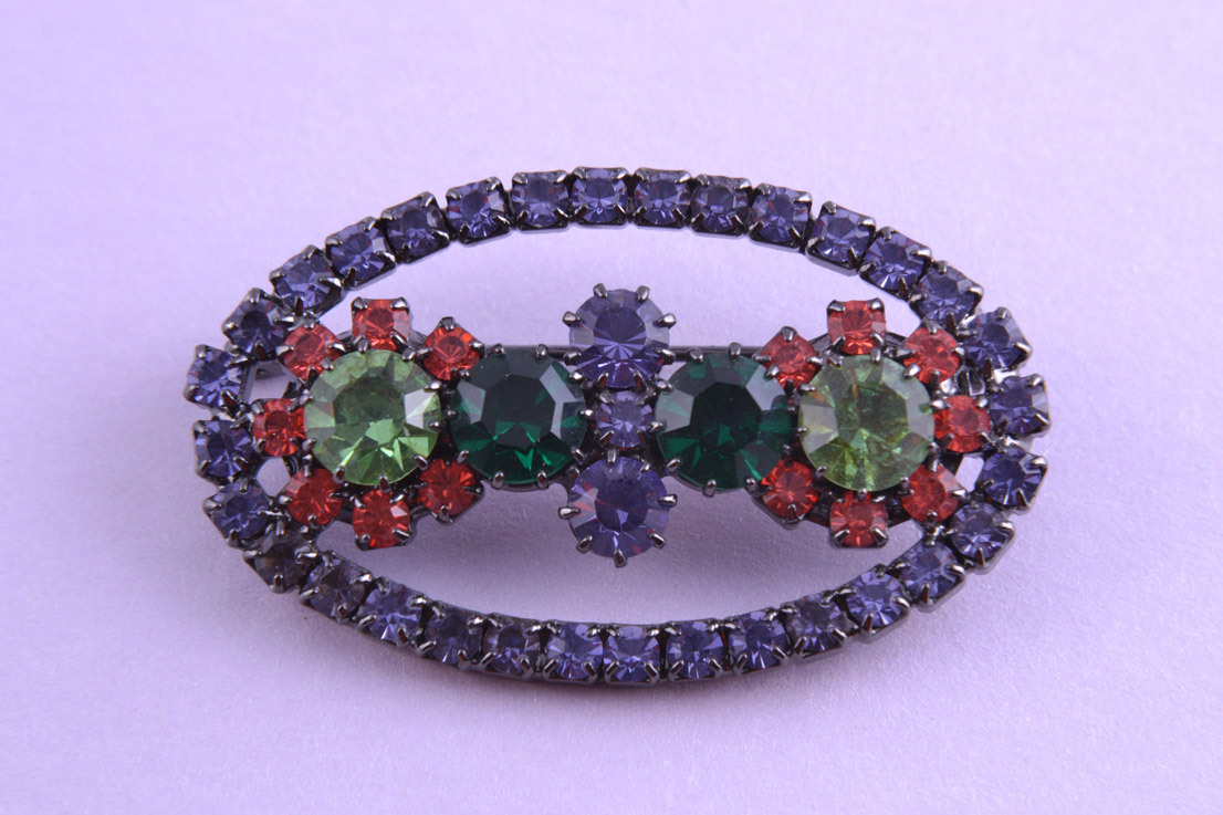 Modern Brooch With Coloured Paste