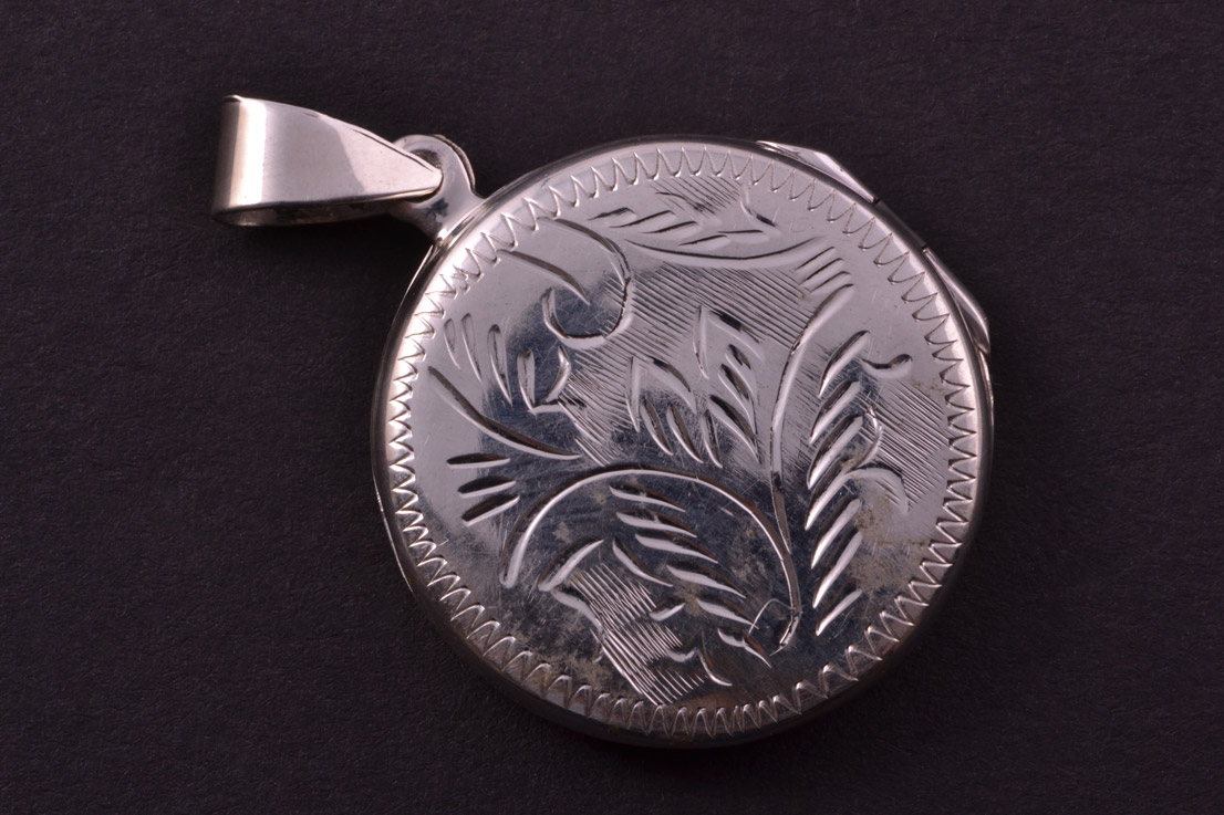 Modern Silver Opening Locket With Engraving